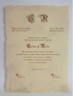 Invitación en papel pergamino con Hendidos
