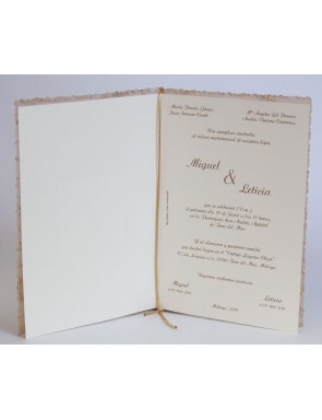 Invitación en papel...
